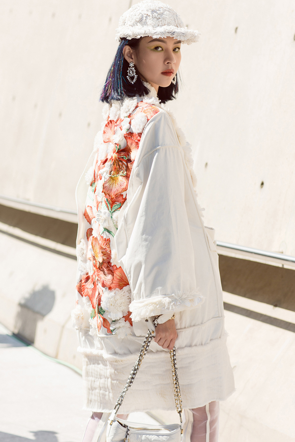 sao-viet-do-net-ca-tinh-khi-tham-su-seoul-fashion-week-2