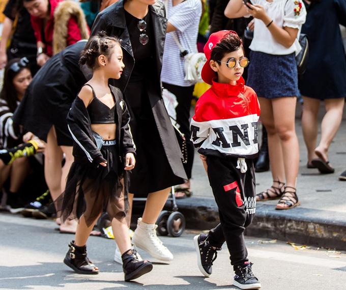 street-style-quai-cua-gioi-tre-ha-noi-truoc-them-tuan-thoi-trang-quoc-te-viet-nam-7