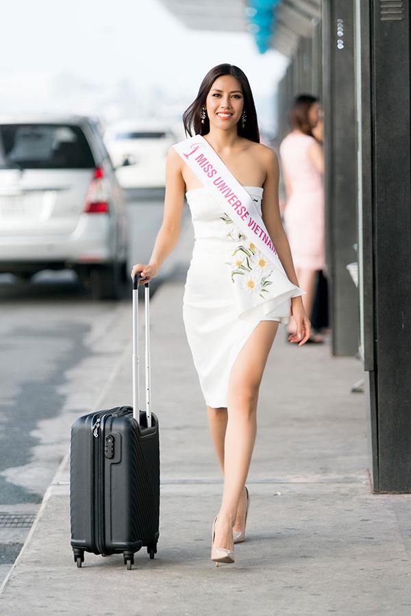 nguyen-thi-loan-mang-6-vali-hanh-ly-nang-hon-200kg-di-thi-miss-universe-2017-6