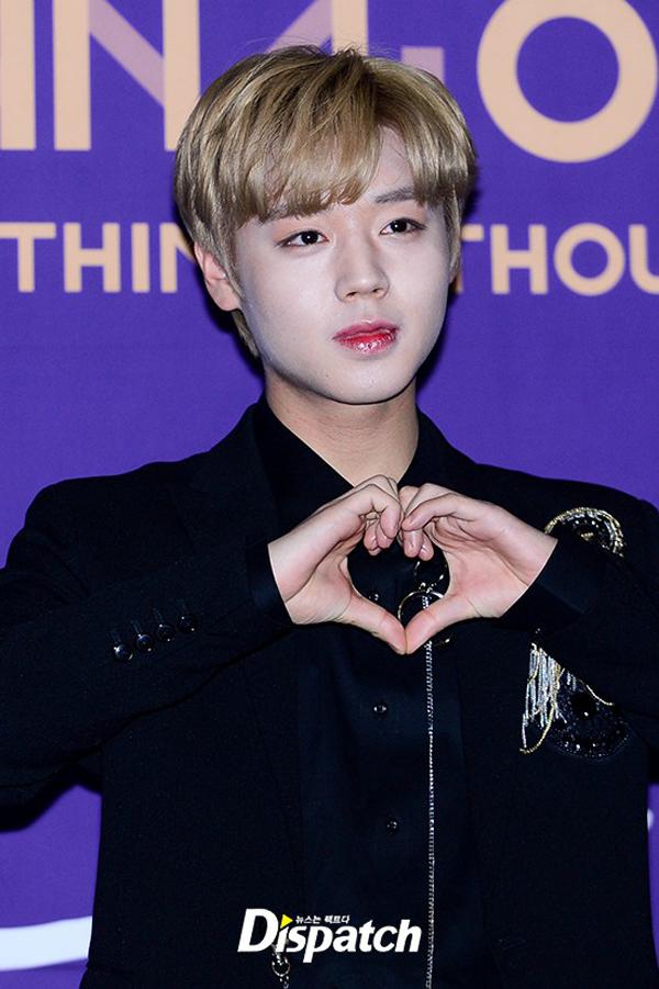 Jihoon, thành viên nam điển trai nhiều fan nhất nhóm,