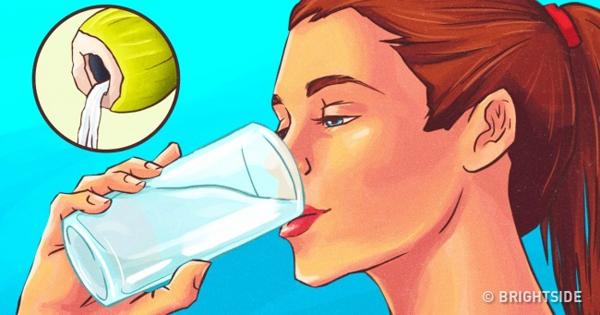 Tích cực uống nước dừa