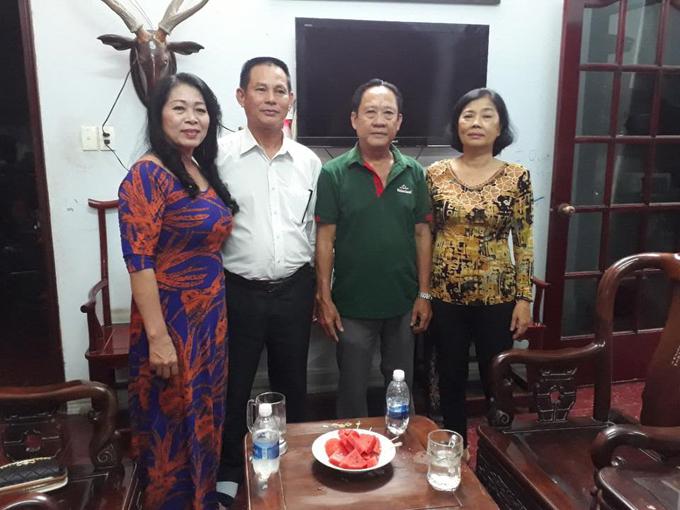 bo-me-chong-tuong-lai-sang-nha-lam-khanh-chi-hoi-cuoi-2