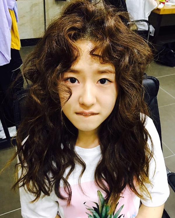 4. Hạn chế chải tóc