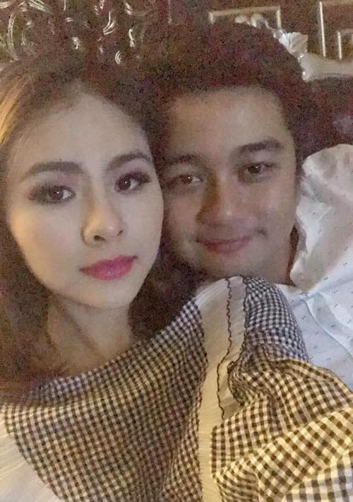 Vân Trang đăng ảnh chúc mừng sinh nhật chồng kèm lời nhắn: Hôm nay sinh nhật anh chồng. Nhưng Facebook ai người đó đẹp. Em vợ vẫn đẹp hơn anh chồng.