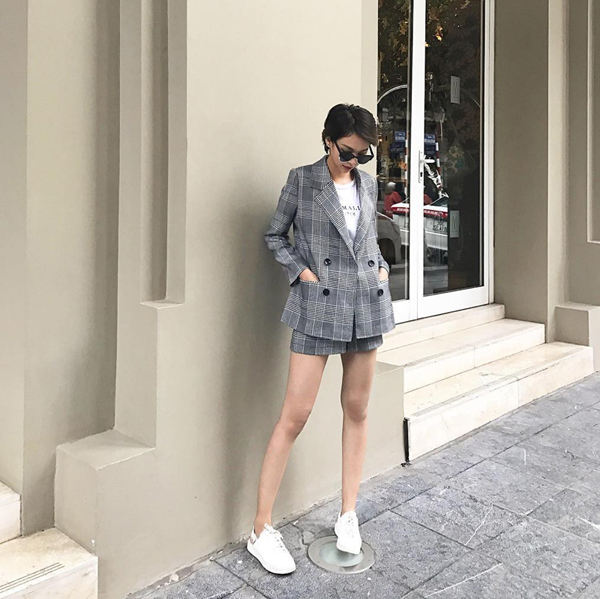 nguoi-dep-viet-tro-tai-mix-do-am-cho-phong-cach-street-style-4