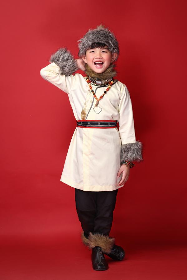 mau-nhi-dang-yeu-voi-trang-phuc-mong-co-dai-loan-8