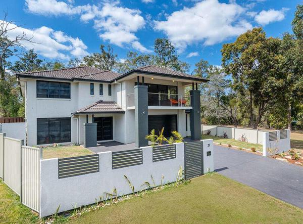 Chồng cũ Phi Thanh Vân bất ngờ mua biệt thự 700m2 tại Australia