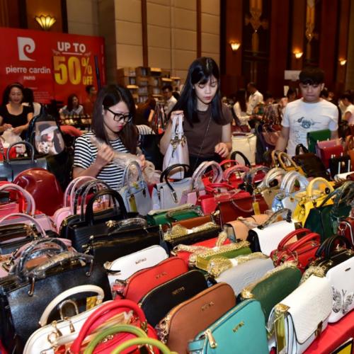 300 thương hiệu mỹ phẩm, thời trang giảm giá tại 4 thành phố lớn - ảnh 3