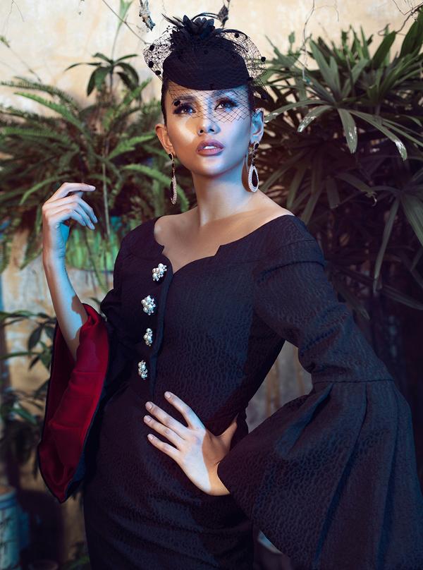 Võ Hoàng Yến hóa quý cô cổ điển cùng trang phục đen - ảnh 2