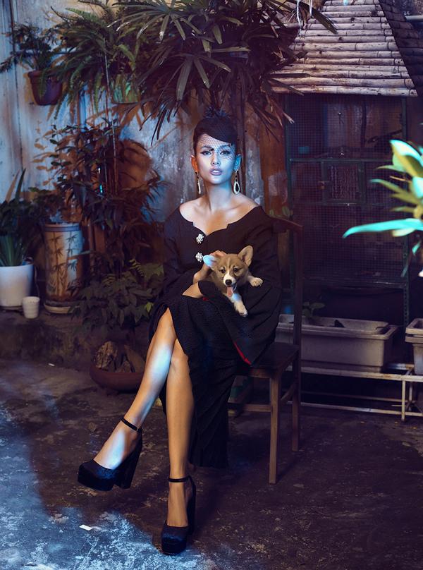 Võ Hoàng Yến hóa quý cô cổ điển cùng trang phục đen - ảnh 3