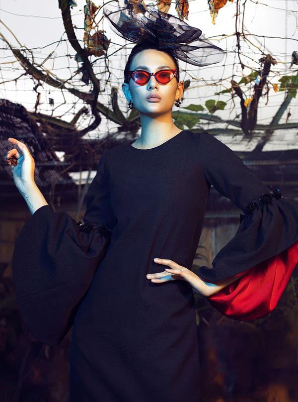 Võ Hoàng Yến hóa quý cô cổ điển cùng trang phục đen - ảnh 6