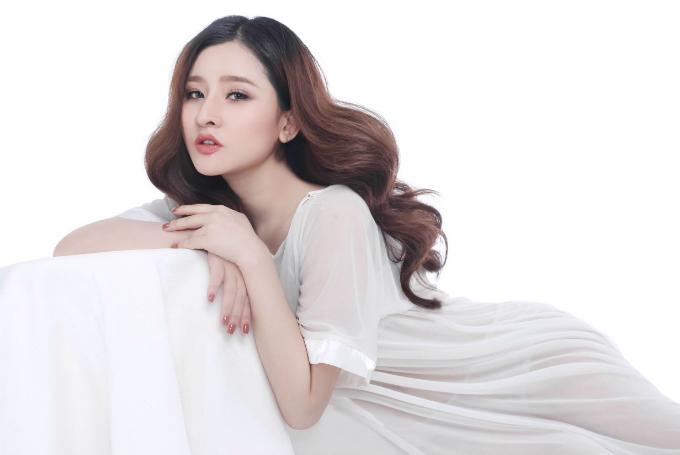 Vợ cũ Hồ Quang Hiếu nói gì khi bị bố ăn chơi, sống ảo