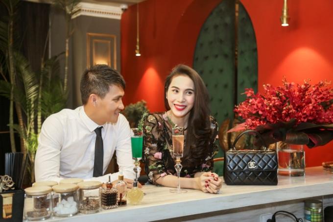 Ngoài phong cách ẩm thực hấp dẫn, thực khách còn thưởng thức các loại cocktail - mocktail đặc biệt.