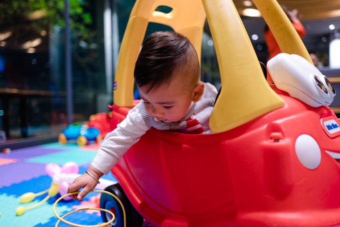 Vợ chồng Jennifer Phạm tổ chức sinh nhật 1 tuổi cho con trai