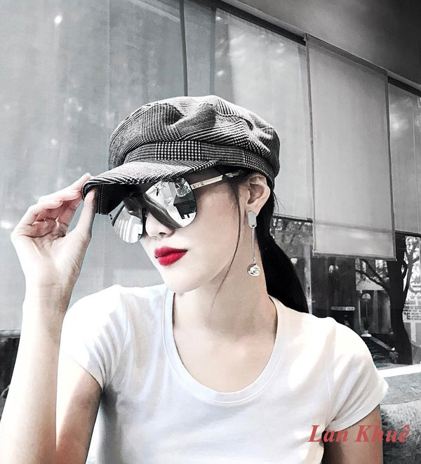 Xu hướng retro, vintage nở rộ những năm qua cũng đưa mũ baker boy chuyên dành cho tầng lớp lao động ở châu Âu những năm cuối thể kỷ 19 trở lại ngoạn mục.