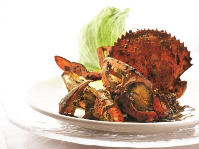 Cua sốt tiêu đen  một trong những lựa chọn hàng đầu khi thực khách đến nhà hàng Jumbo.