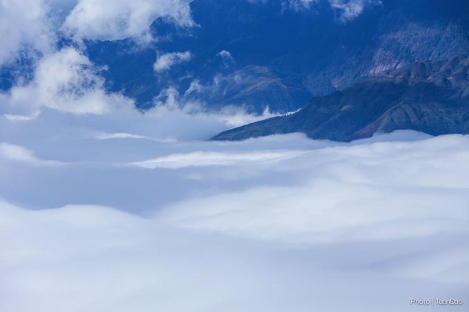 Cuối năm rủ nhau lên Y Tý săn mây ngắm cảnh đẹp ngoạn mục