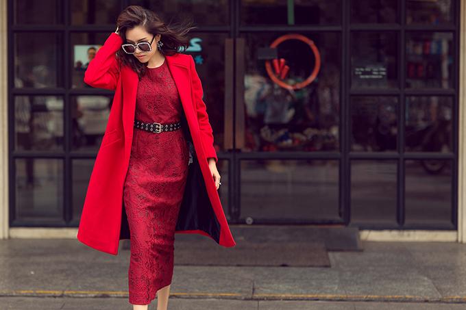 MC Thanh Thanh Huyền rực rỡ sắc đỏ cùng váy Đỗ Mạnh Cường - 4