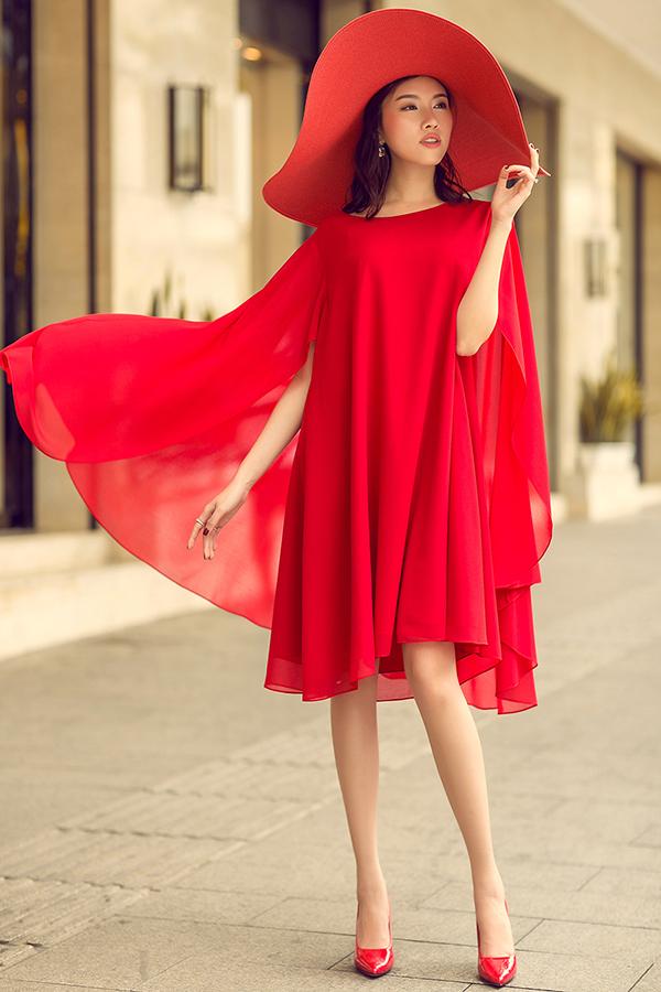 MC Thanh Thanh Huyền rực rỡ sắc đỏ cùng váy Đỗ Mạnh Cường - 7