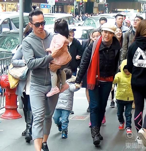 Trần Hào đưa vợ con đi khám hôm 4/1.