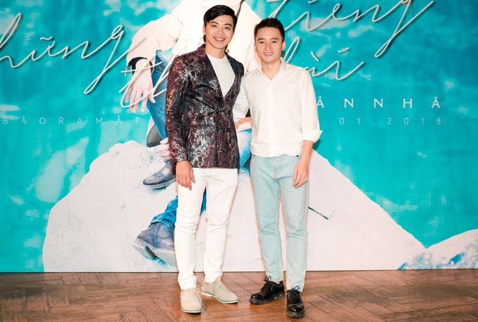 Phan Mạnh Quỳnh ủng hộquán quân The Mash Up ra MV mới Những tiếng thở dài.
