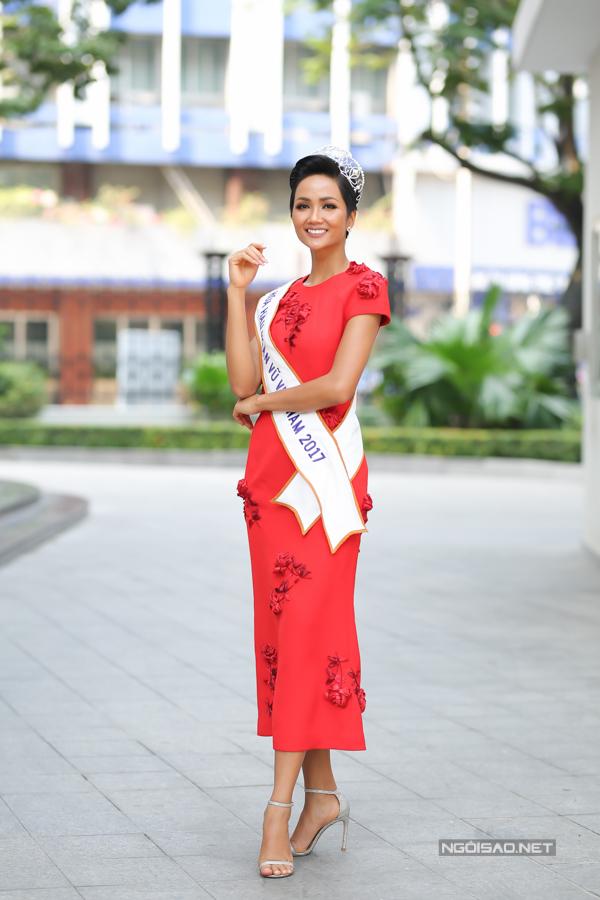 Hoa hậu Hoàn vũ Việt Nam 2017 HHen Niê.