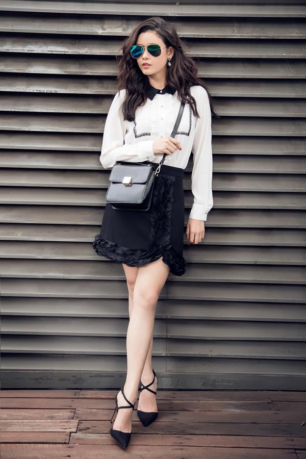 Bộ ảnh được thực hiện với sự hỗ trợ của nhiếp ảnh Mr AT, stylist Mì Gói.