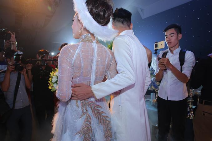Đám cưới của cặp đôi nhận được sự quan tâm lớn của truyền thông.