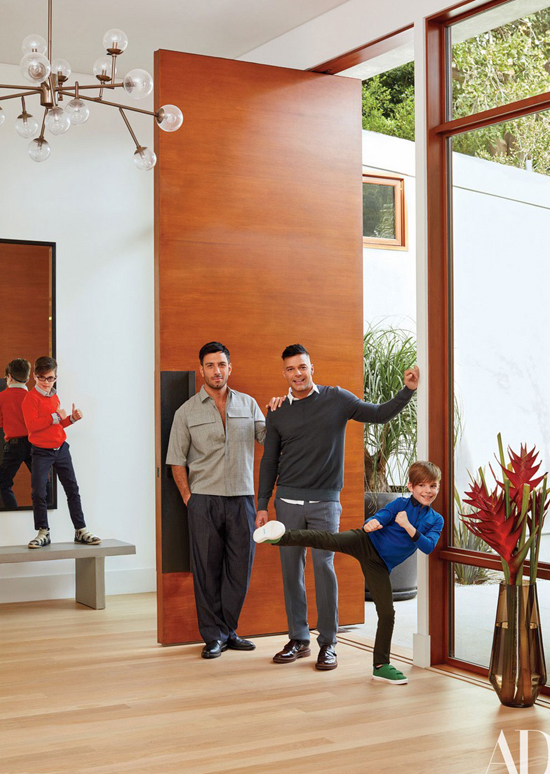 Gia đình hạnh phúc hiện tại của ca sĩ Ricky Martin.