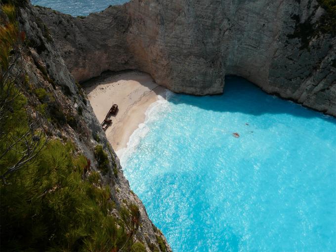 Những bãi tắm trong xanh nhất thế giới