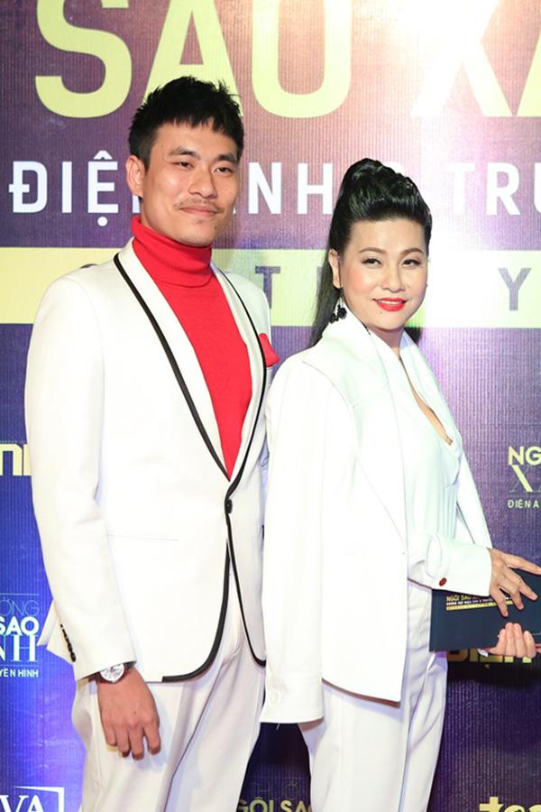 Hoa hậu HHen Niê và hai Á hậu lần đầu đi event sau đăng quang - 5