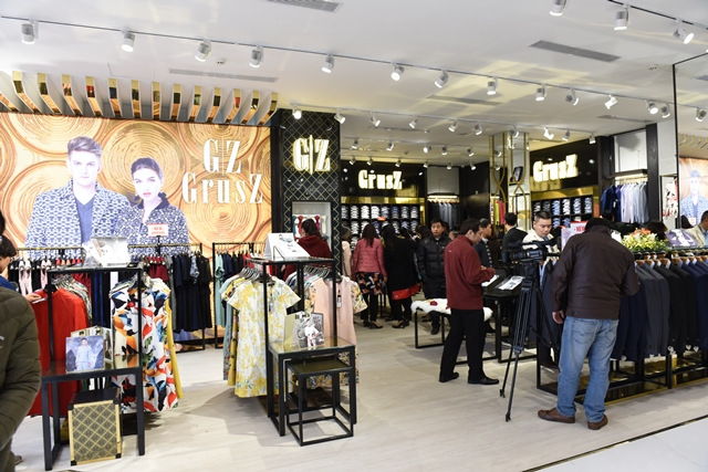 Khai trương trung tâm thời trang cao cấp May 10 Long Biên - 2