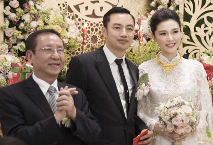 Bố mẹ rất mừng vì Ngọc Duyên tìm được bến đỗ bình yên bên doanh nhân thành đạt Đỗ Anh Tuấn.