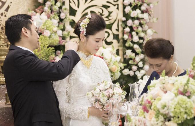 Hậu trường đám cưới của Ngọc Duyên và chồng đại gia tại Vũng Tàu - ảnh 7