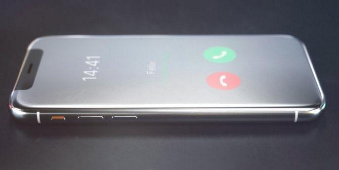 Khi gập, sản phẩm có hình dáng tương tự iPhone X với tai thỏ ở đỉnh trên.