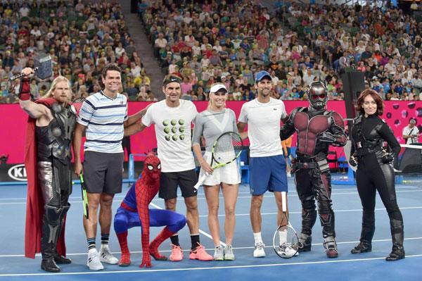 Djokovic, Federer và Wozniacki so tài cùng biệt đội siêu anh hùng - 7