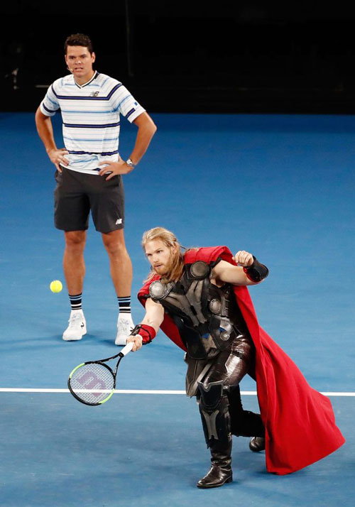 Djokovic, Federer và Wozniacki so tài cùng biệt đội siêu anh hùng