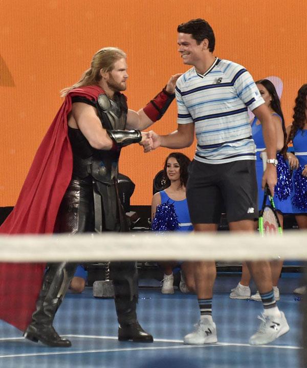 Djokovic, Federer và Wozniacki so tài cùng biệt đội siêu anh hùng - 1