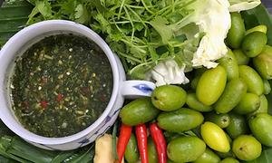 Bắp cải cuộn nhót xanh chấm chẩm chéo