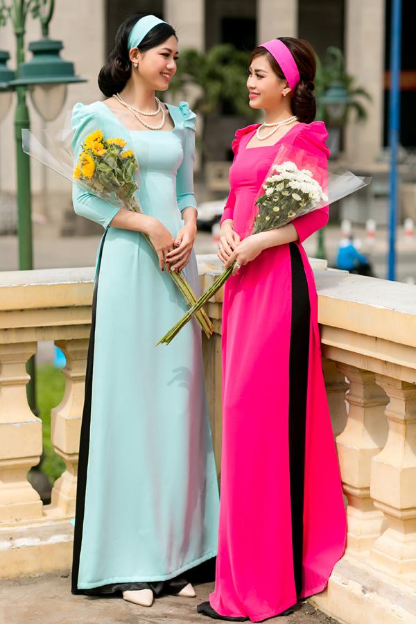 Các mẫu thiết kế vẫn giữ nguyên đường nét chủ đạo của thiết kế áo xẻ tà truyền thống và được thêm những điểm nhấn về cách tân cổ áo, tay bồng, tay lửng.