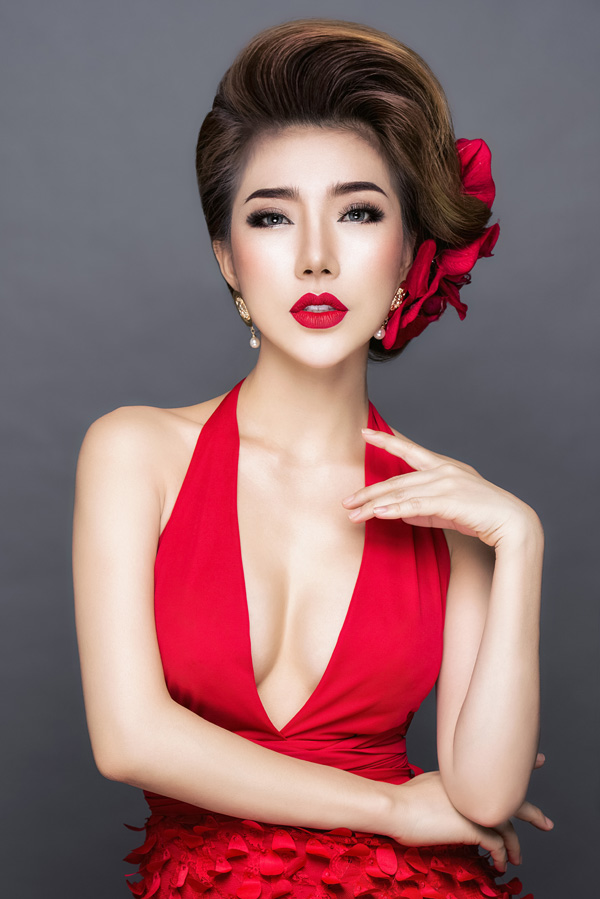 Á khôi Hoàng Y Nhung gợi ý 3 trang điểm lộng lẫy cho tiệc cuối năm - 1