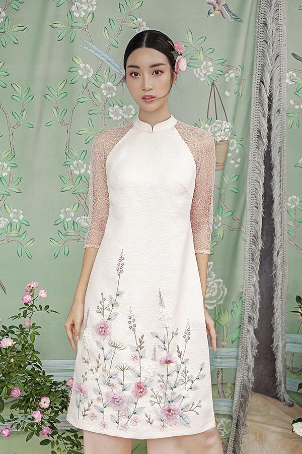Đỗ Mỹ Linh gợi ý chọn áo dài thêu hoa mặc Tết - 6