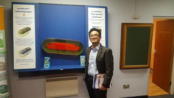 Bác sĩ dinh dưỡng Anh Nguyễn hiện làm việc tại Bệnh viện Hoàng gia Worcester.