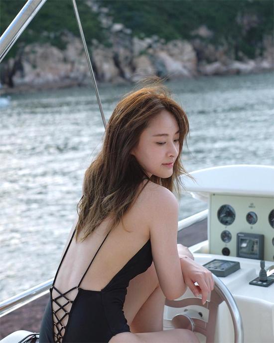 7 cô đào đẹp bốc lửa của TVB - 6
