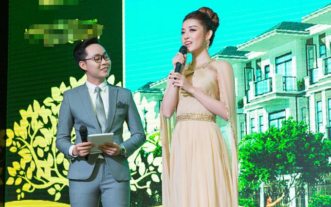 Tại sự kiện sáng qua, người đẹp chia sẻ niềm vinh dự khi được chọn làm gương mặt đại diện cho một dự án bất động sản tại TP HCM.