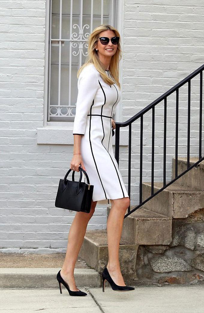Khoảnh khắc thời trang ấn tượng của Ivanka Trump năm 2017