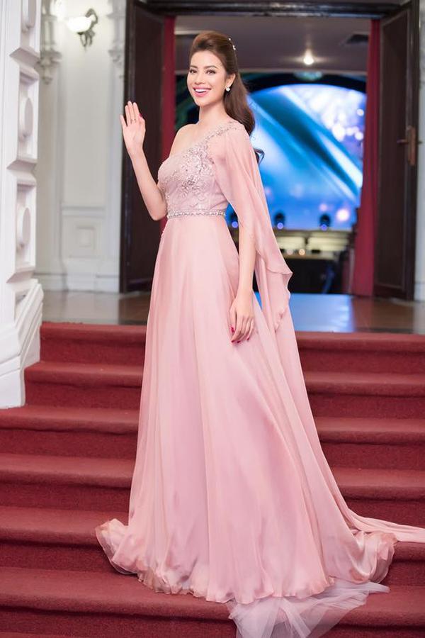 Sao Việt hâm nóng mốt váy đẹp như cổ tích - 8