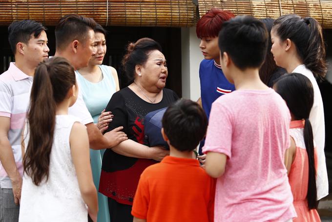 Tác phẩm của Vũ Ngọc Đãng thức tỉnh nhiều người trẻ đang thờ ơ với các giá trị truyền thống. Đạo diễn mong sau khi xem phim, mỗi khán giả sẽ tìm lại kết nối với gia đình để chuẩn bị đón một cái Tết đậm đà, ấm cúng.