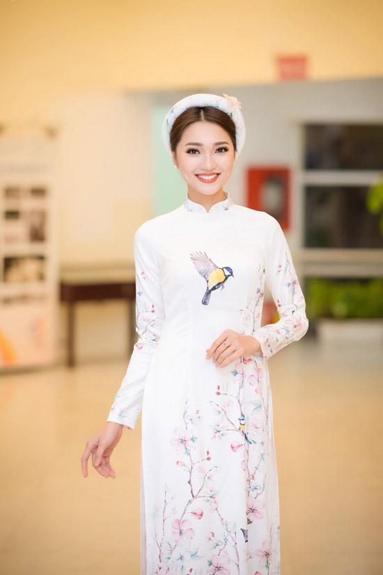 Ngọc Nữ, top 10 của Hoa hậu Hoàn vũ Việt Nam 2017.