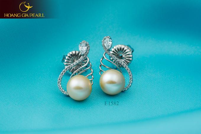 Hoàng Gia Pearl giúp các bạn gái có thể tìm thấy những kiểu trang sức khác biệt.